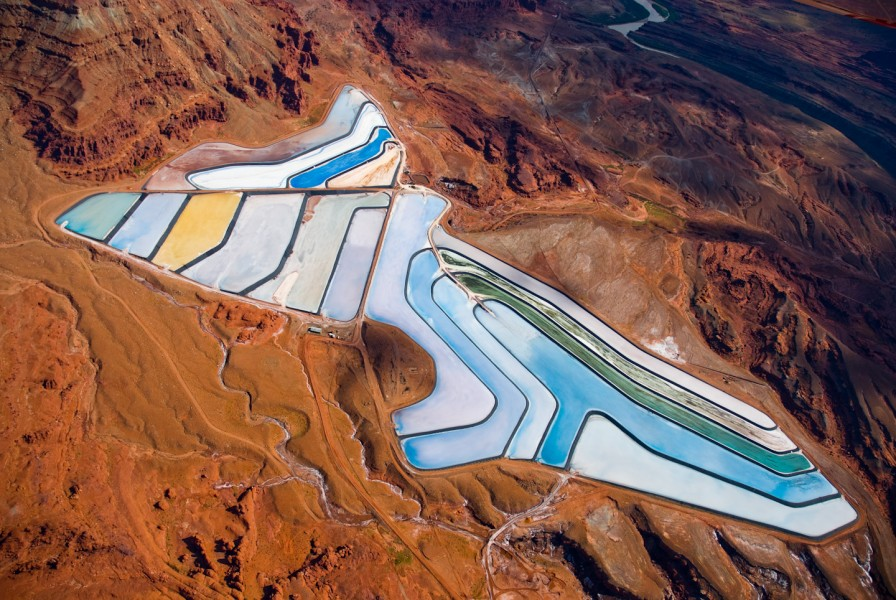 aerial-14-Intrepid_Potash_Mine-near_Moab-Utah-896x600